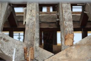 Charpente du 17ème siècle en bois de chêne