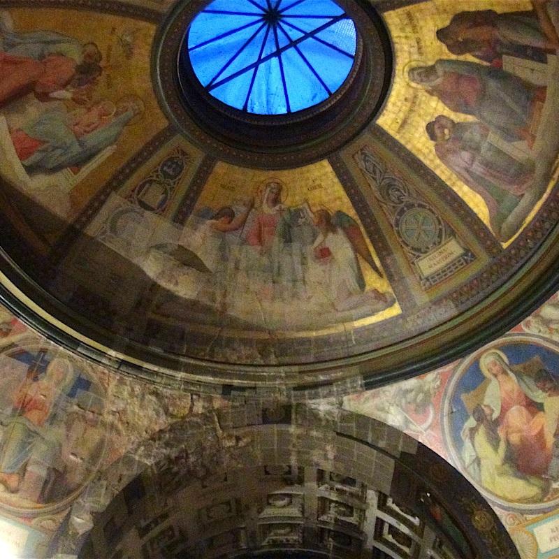 Une abondante et originale décoration intérieure